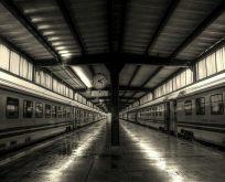 Bir istasyonda birbirine giren hikayeler