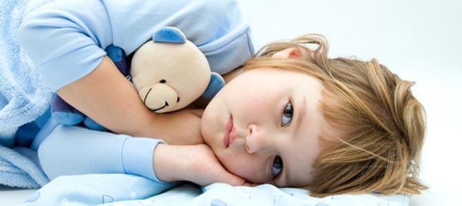 Uykusu olmayan çocuğu zorla yatağa götürmeyin