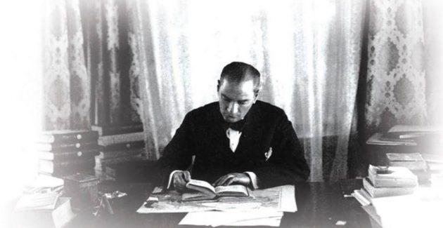 Atatürk'ün gazeteciliği ve başyazarlığı