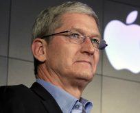 Apple CEO'sunun zor anları…