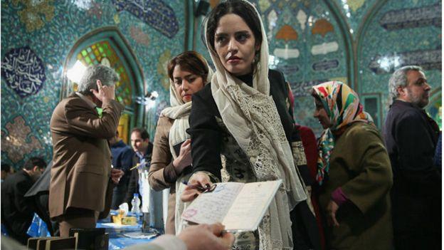 İran'da reformcu adaylar önde gidiyor
