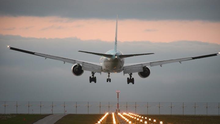 Sesten hızlı yolcu uçağı geliyor!