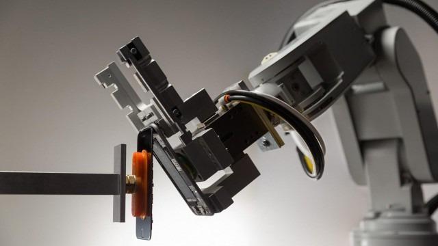 Apple'a servet kazandıran robot!