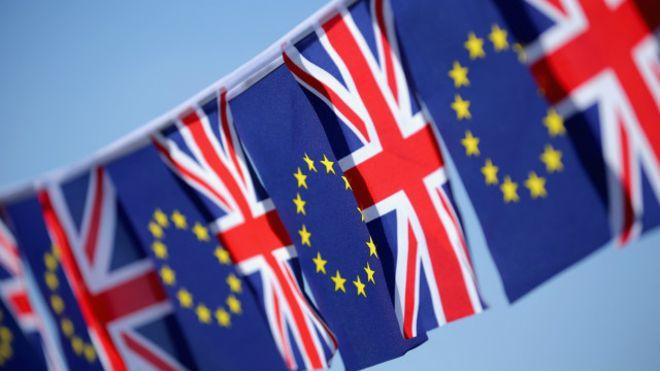 İngiltere'de referandum için oy verme işlemi başladı