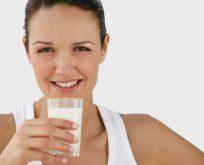 Sahurda içilen süt acıkmayı engelliyor
