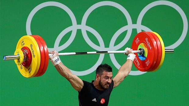 Rio'dan ilk madalya geldi