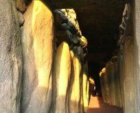 İrlanda'da büyüleyici devasa anıt