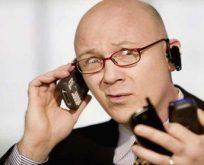 Erkekler telefonlarından 21 saniye ayrı kalabiliyor