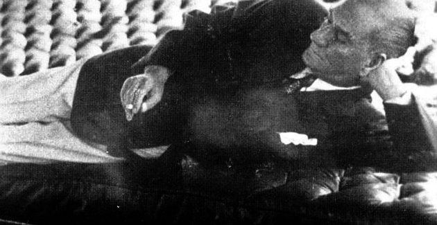 """""""Atatürk vasiyetini bana nasıl vermişti?"""""""