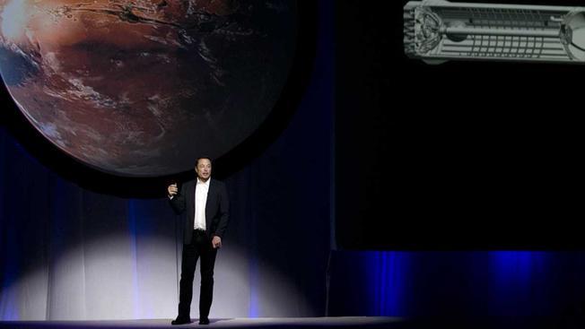 Elon Musk'tan 200 bin dolara Mars'ta yaşam