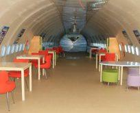 Airbus A300 tipi uçak kütüphane oldu