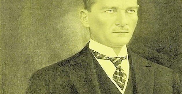 Atatürk'ten tüm dünyaya bir yılbaşı hediyesi
