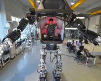 İçi insan, dışı robot!