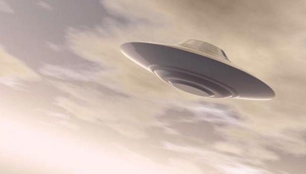 UFO nedeniyle üç yolcu uçağı iniş yapamadı!