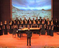 İstanbul Kültür Üniversitesi (İKÜ) çoksesli korosu