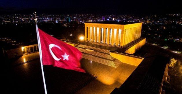 Türklerin en son ve en büyük kurganı Anıtkabir