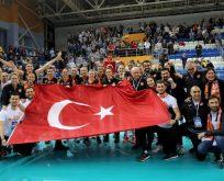 Eczacıbaşı Vitra Avrupa Şampiyonu