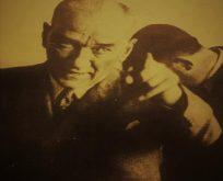 İrfan ordusunun Başöğretmeni Atatürk