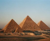 Mısır'da 4 bin 400 yıllık mezar keşfi