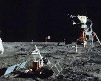 ABD Başkan Yardımcısı Pence 2024'e kadar Ay'a astronot gönderilmesini istedi