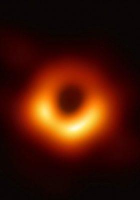 Kara delik fotoğrafı ilk kez yayınladı