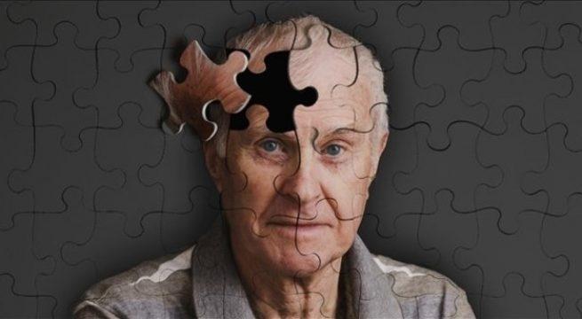Alzheimer üç aşamada gelişiyor