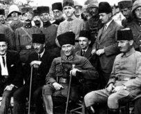 19 Ocak 1923 Atatürk'ün İzmit Sinemasında Halkla Sohbeti