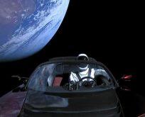 Elon Musk, Tesla'yı aslında Phobos'taki Enki'ye mi yolladı?