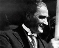 Devletin Adı: Türkiye Cumhuriyeti, Cumhurbaşkanı: Gazi Mustafa Kemal