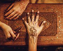 Kınanın kısa tarihçesi kullanım alanları ve ritüelleri